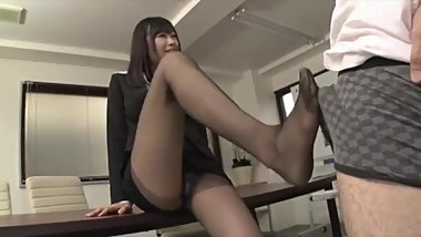 Horny asian secretary in pantyhose ends up seducing coworker